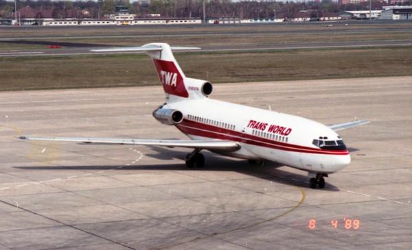西ベルリンの思い出 TWA Boeing ...