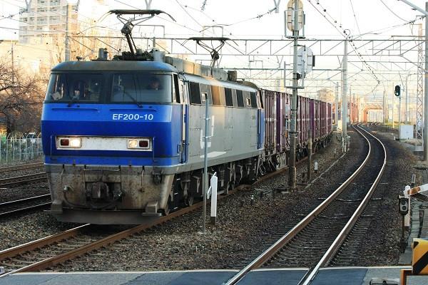 Ef20010_101210