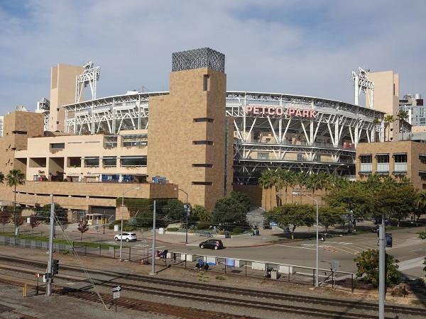 Petco_stadium_150112_san_diego