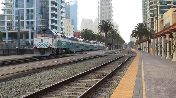 F40phm2c_2105_100113_santa_fe_depot