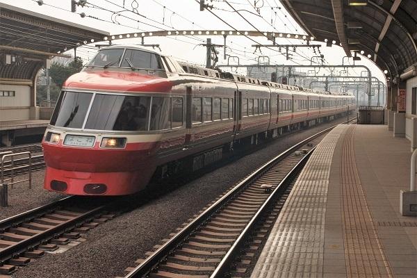 7000-lse-150401-3