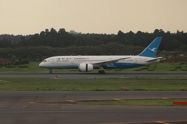 B2769-boeing-7878-dreamliner-41539-227-1
