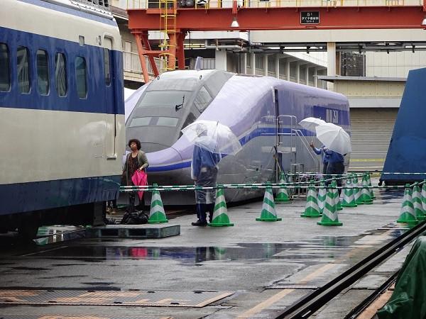 新幹線0系: B767-281のブログ